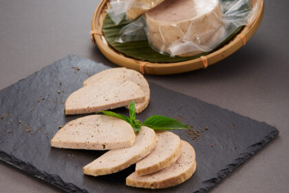 Vietnamese Style 100 - Pure Pork Luncheon Meat, Frozen